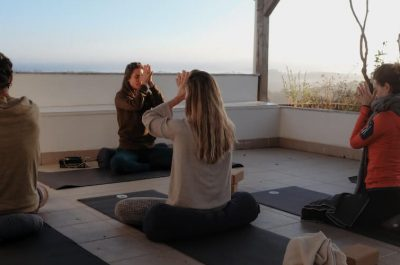 Dive into Silence Yoga Retreat mit Sinah 2021
